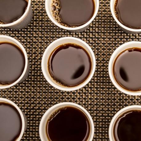Thermos de café, sucre, tasses et touillettes jetables