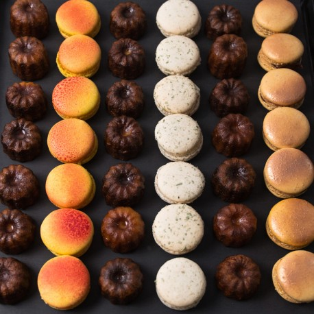 Macarons & cannelés
